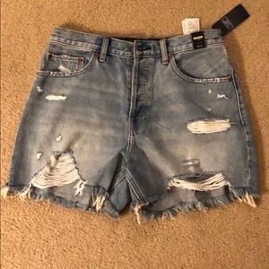 Abercrombie high-rise shorts 4 inch inseam.